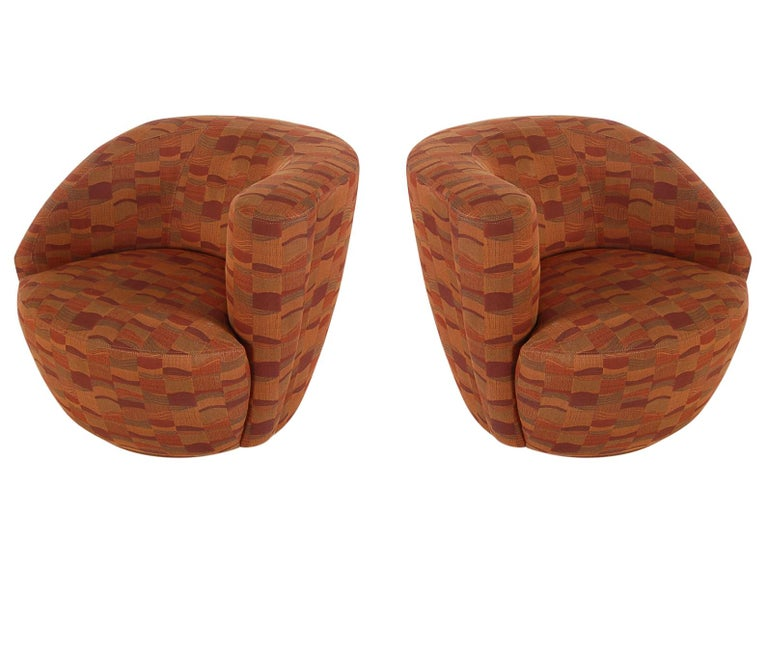 Mid-Century Modern Swivel Club Lounge Chairs by Vladimir Kagan for Weiman For Sale 1