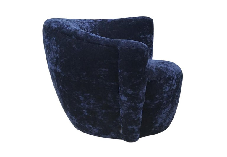 Late 20th Century Mid-Century Modern Swivel Club Lounge Chairs by Vladimir Kagan in Blue Velvet For Sale