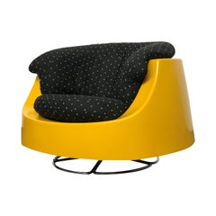 Space Age Mid Century Swivel Lounge Chair in Fiberglass and Chrome by Selig