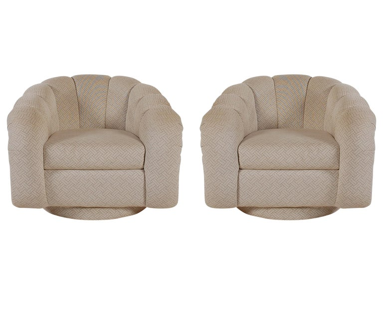 Fabric Mid-Century Modern Swivel Lounge Chairs after Milo Baughman  For Sale