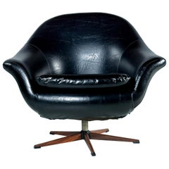 Mid-Century Modern Swivel Pod Chair with Rosewood Base by Burris