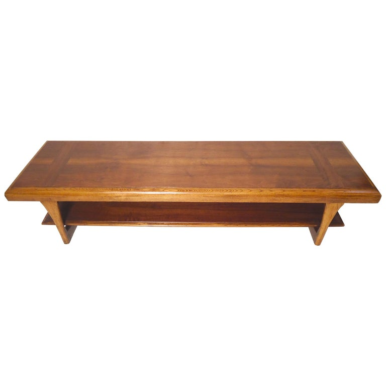 Mid-Century Modern Table by Lane For Sale