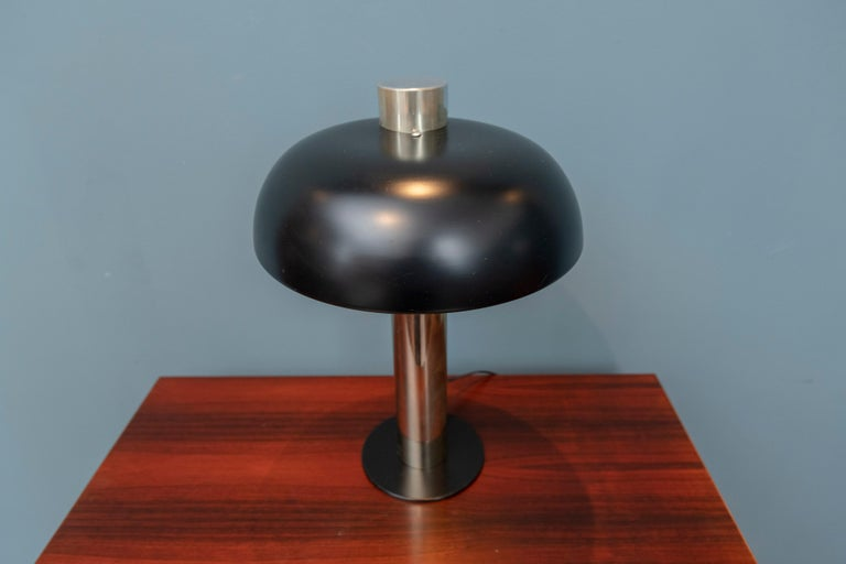 Mid-20th Century Mid-Century Modern Table Lamp by Laurel For Sale