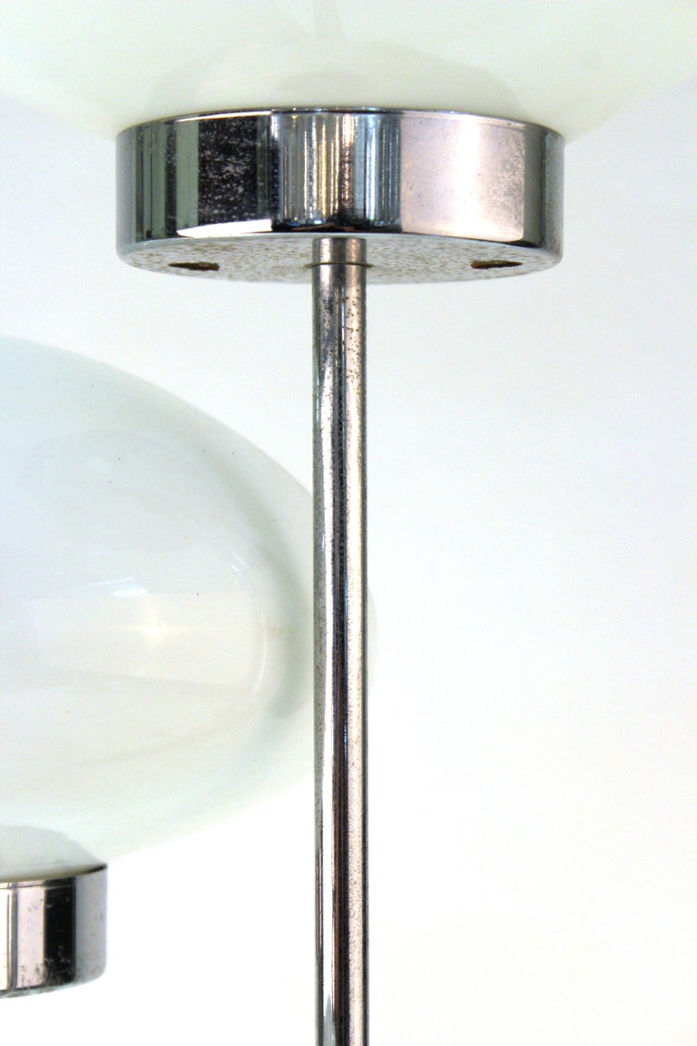 Mid-Century Modern Table Lamp in Chrome with Domed Lights For Sale 4