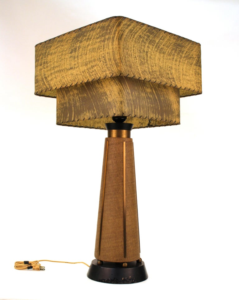 Mid-Century Modern Table Lamps with Shades In Good Condition For Sale In New York, NY