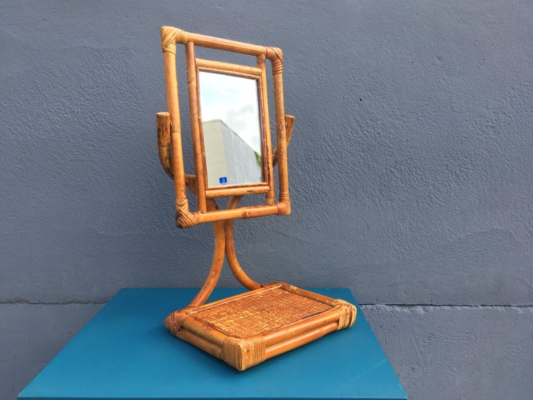 Mid-Century Modern Table Mirror In Good Condition For Sale In Opa Locka, FL