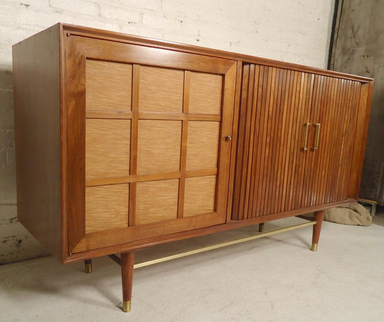 Mid-Century Modern Tambour Door Cabinet In Good Condition For Sale In Brooklyn, NY