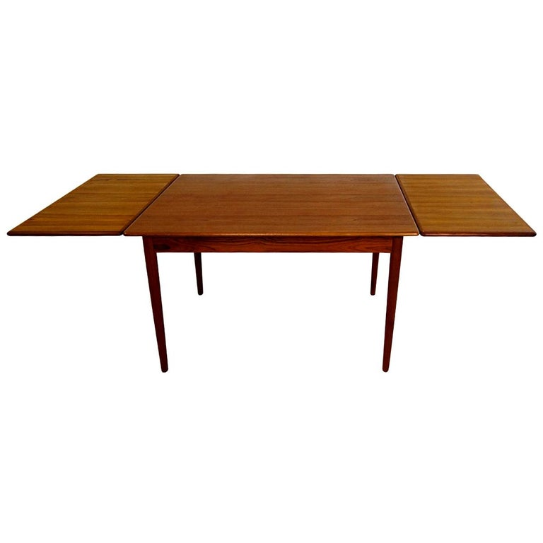Mid Century Modern Teak And Oak Extendable Scandinavian Dining Table For Sale At 1stdibs