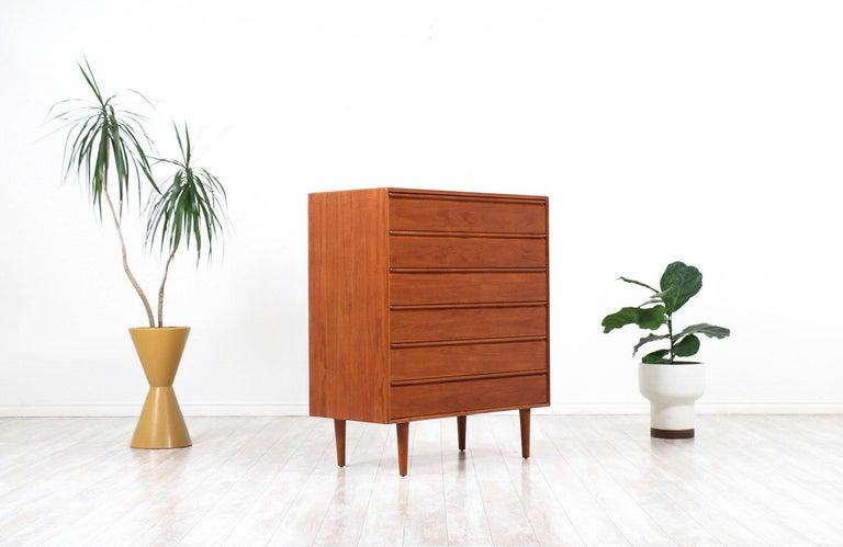 Scandinavian Modern Mid-Century Modern Teak Chest of Drawers by Westnofa For Sale