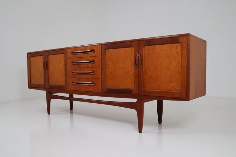 Mid-Century Modern Teak Anrichte oder Sideboard von Kofod-Larsen, Denmark, 1960er Jahre 4