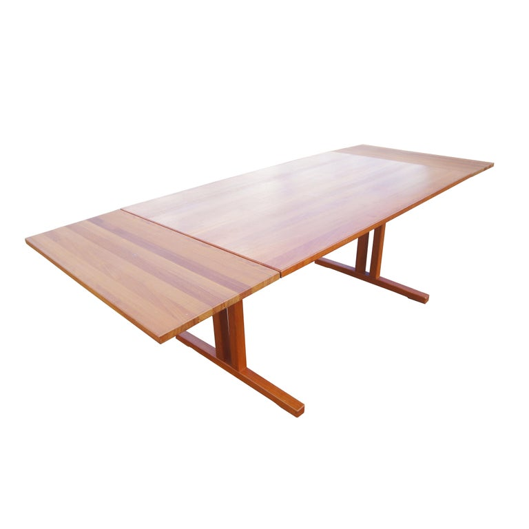 Mid Century Modern Teak Extension Dining Table For Sale 2