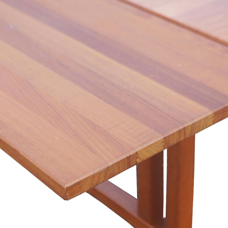 Mid Century Modern Teak Extension Dining Table For Sale 3