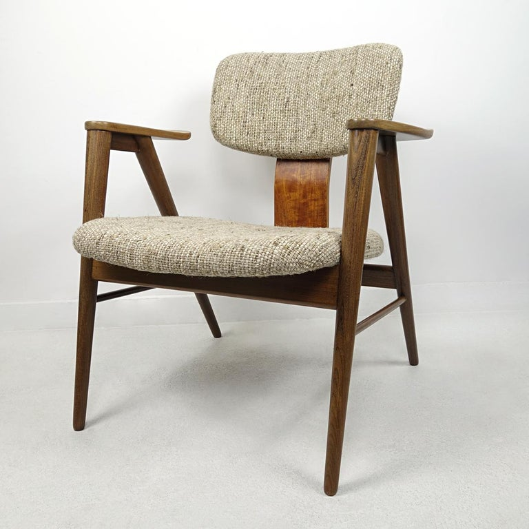 Dutch Mid-Century Modern Teak Lounge Chair FT14 by Cees Braakman for Pastoe For Sale