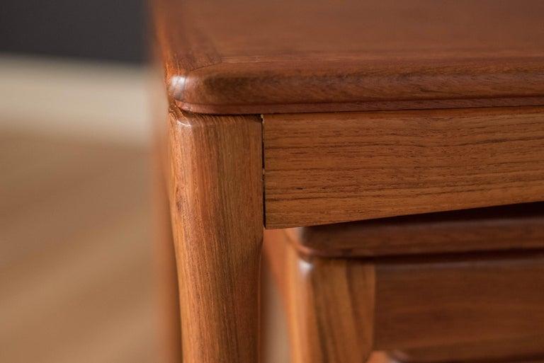 Mid-Century Modern Teak Set of Nesting Tables For Sale 10