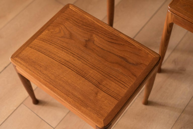 Mid-Century Modern Teak Set of Nesting Tables For Sale 3