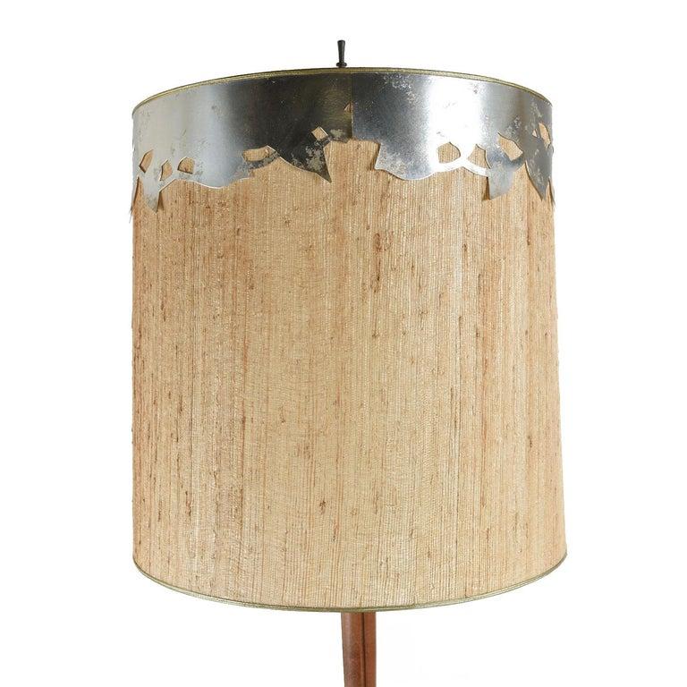 Mid-20th Century Mid-Century Modern Teak Stem Art Glass Globe Table Lamp For Sale