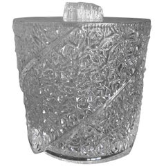 Mid-Century Modern Textured Lucite Ice Bucket in the Style of Wilardy