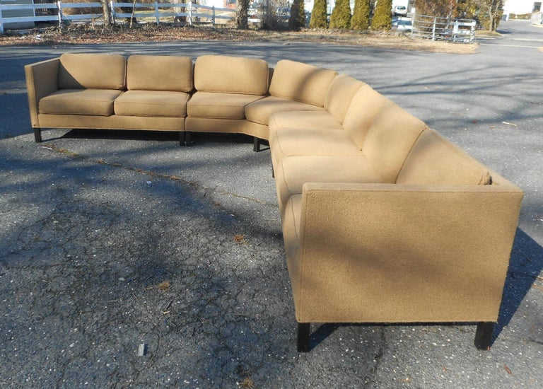 Mid-Century Modern Three-Piece Sectional Sofa by Dunbar In Good Condition For Sale In Brooklyn, NY