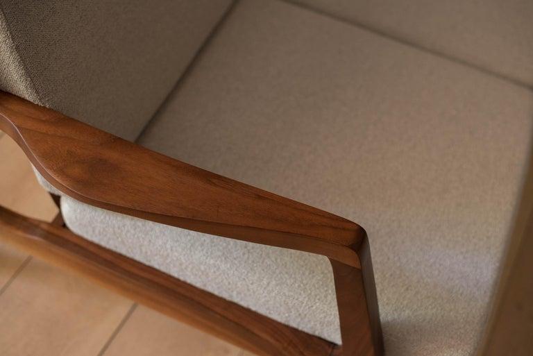 Mid-Century Modern Three-Seat Walnut Frame Sofa For Sale 8