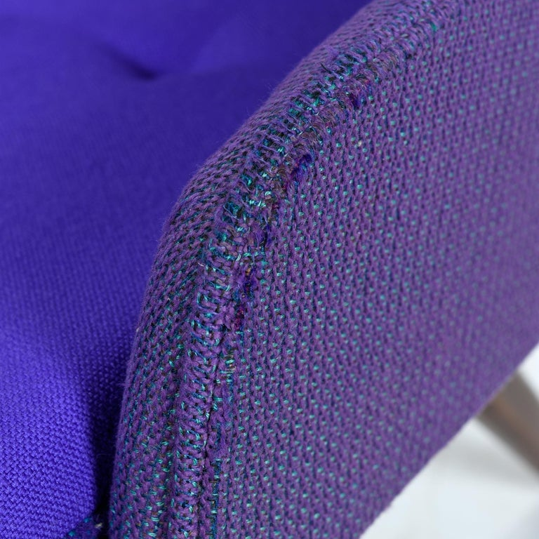 Mid-Century Modern Three-Tone Purple Blue Teal Tweed Tufted Walnut Base Armchair For Sale 5