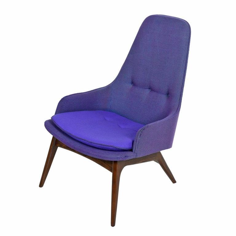 American Mid-Century Modern Three-Tone Purple Blue Teal Tweed Tufted Walnut Base Armchair For Sale