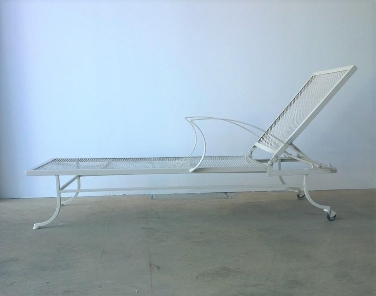 Post-Modern Bob Anderson Refinished Wrought Iron Chaise Lounge in Almond White For Sale