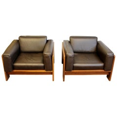 Mid-Century Modern Tobia Scarpa Knoll Pair Bastiano Club Lounge Chairs Italy