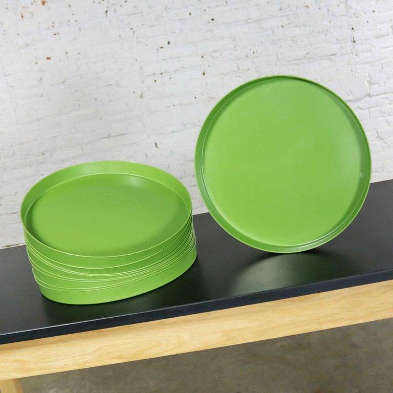 Mid-Century Modern Trays Green Black White Round Plastic Sabe's Splatter Platter 2