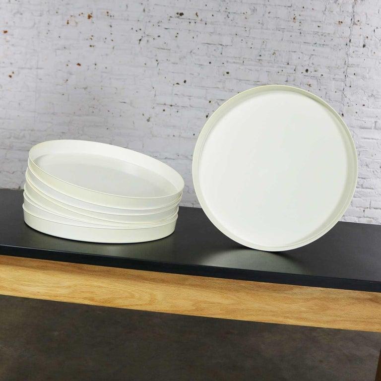 Mid-Century Modern Trays Green Black White Round Plastic Sabe's Splatter Platter 3
