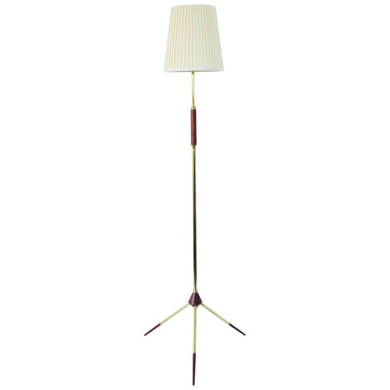 Mid-Century Modern Tripod Floor Lamp in Brass and Teak For Sale