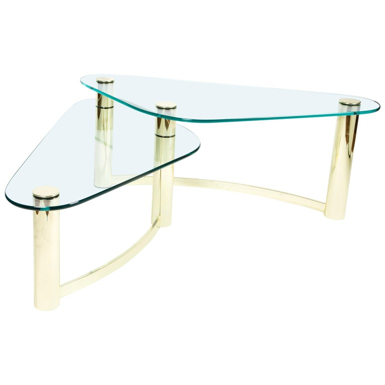 Mid-Century Modern Two-Tier Brass and Glass Boomerang Cocktail Table, Pace For Sale