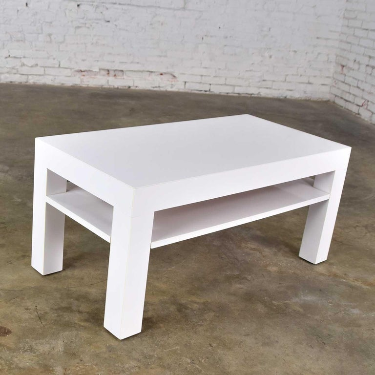 Mid-Century Modern Two-Tiered White Laminate Parson's Style Coffee or End Table For Sale 4