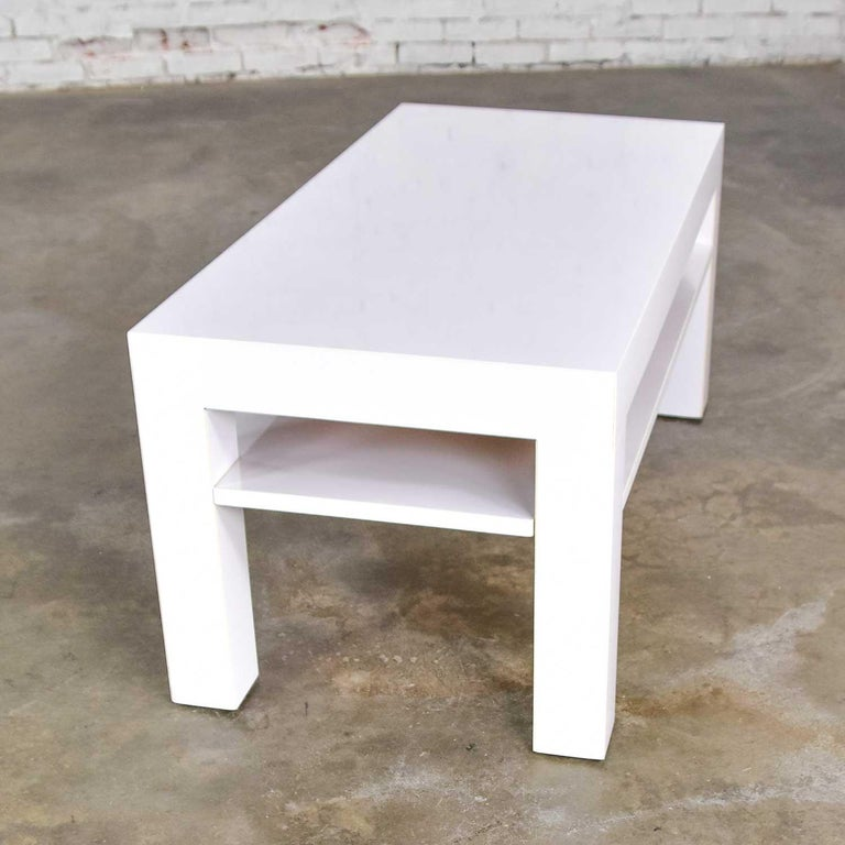 Mid-Century Modern Two-Tiered White Laminate Parson's Style Coffee or End Table For Sale 8