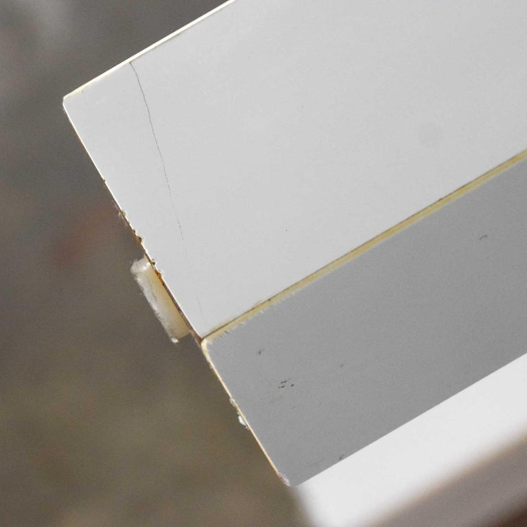 Mid-Century Modern Two-Tiered White Laminate Parson's Style Coffee or End Table For Sale 10
