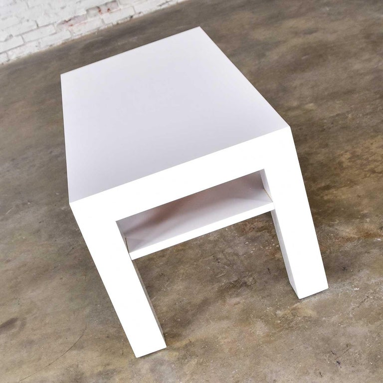 20th Century Mid-Century Modern Two-Tiered White Laminate Parson's Style Coffee or End Table For Sale