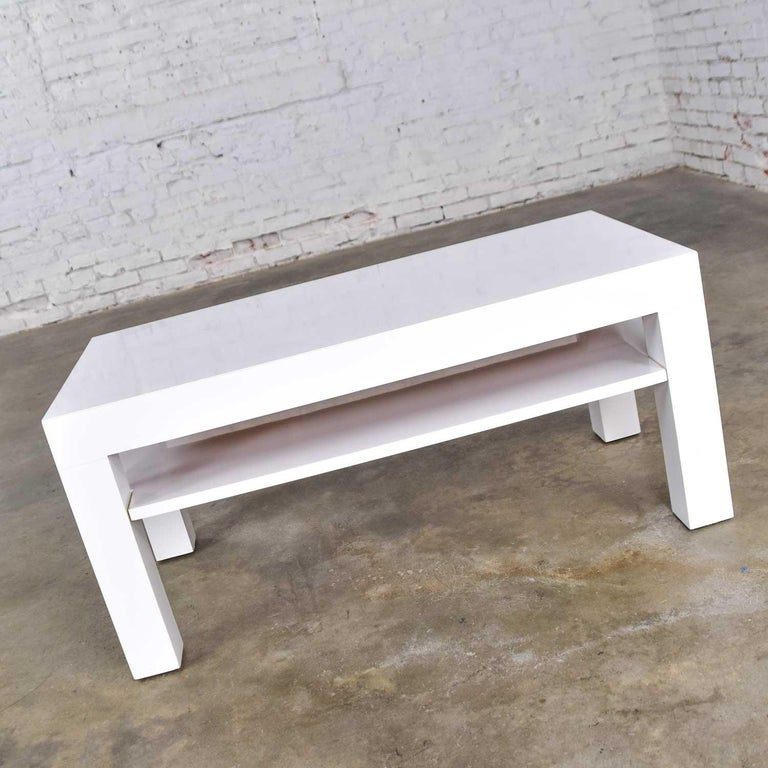 Mid-Century Modern Two-Tiered White Laminate Parson's Style Coffee or End Table For Sale 1