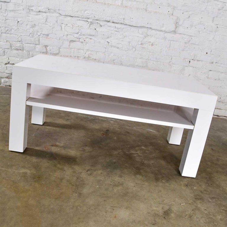 Mid-Century Modern Two-Tiered White Laminate Parson's Style Coffee or End Table For Sale 2