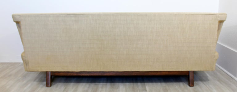 Mid-Century Modern Unique Sculptural Sofa Attributed to Dunbar or Laszlo, 1960s For Sale 4