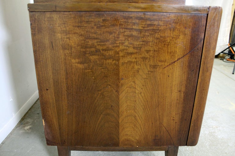 Mid-Century Modern United Diamond Front Large Walnut Tall Chest Dresser For Sale 3