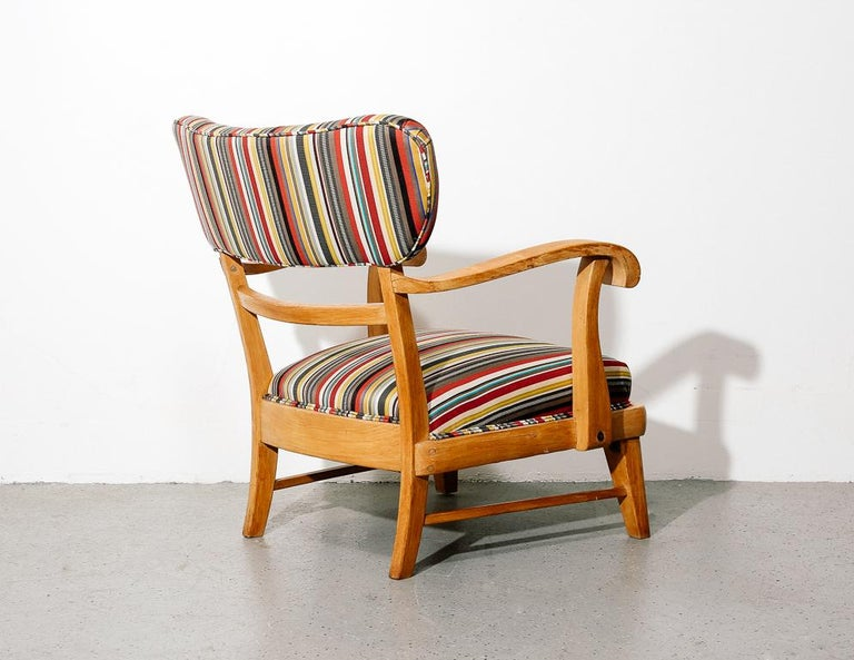 Wood Mid-Century Modern Upholstered Lounge Chair