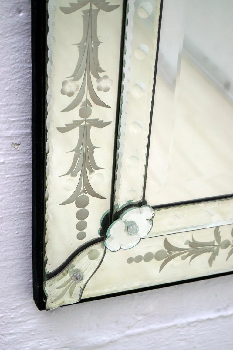 Mid-Century Modern Venetian Etched and Beveled Mirror, 1950s For Sale 2
