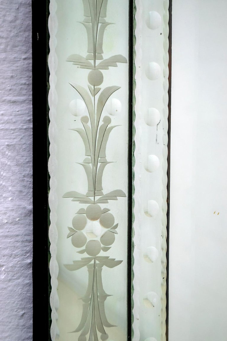 Mid-Century Modern Venetian Etched and Beveled Mirror, 1950s For Sale 3