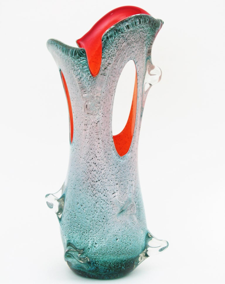 Mid-Century Modern Venini Style Organic Murano Art Glass Pulled Forato Vase In Excellent Condition For Sale In Barcelona, ES