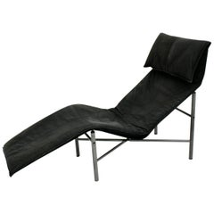 Mid-Century Modern Vintage Black Leather Chaise Longue by Tord Bjorklund, 1970