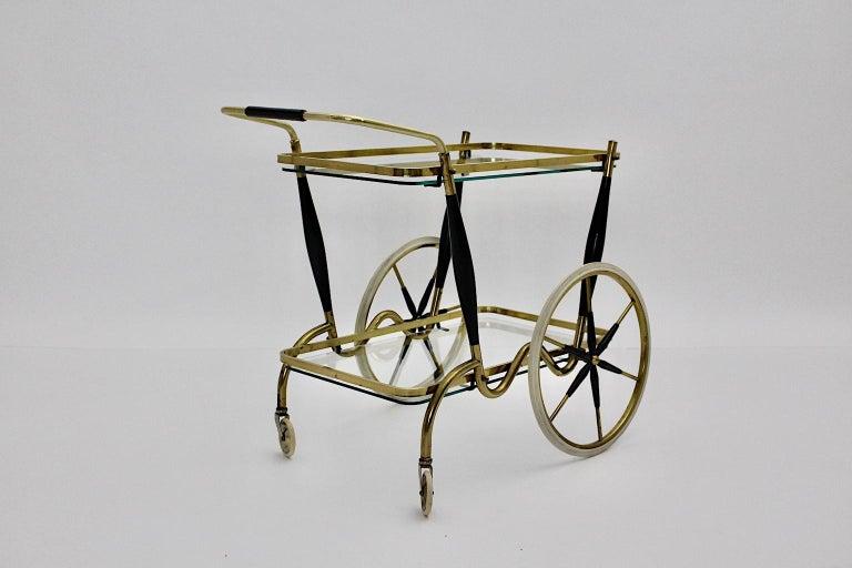 Mid-Century Modern Vintage Brass Beechwood Bar Cart, 1950s, Italy For Sale 4