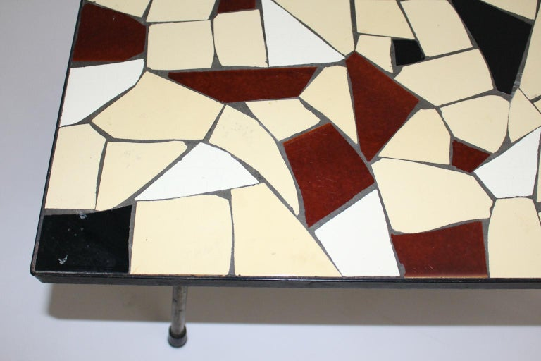 Mid-Century Modern Vintage Brass White Brown Ceramic Tile Sofa Table, circa 1950 In Good Condition For Sale In Vienna, AT
