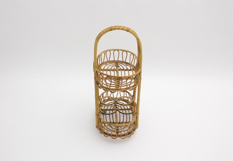 Mid-Century Modern Vintage Brown Rattan Bar Cart 1950s Italy In Good Condition For Sale In Vienna, AT