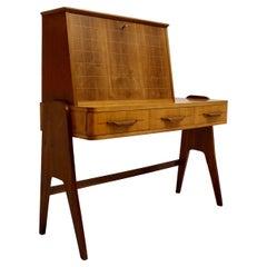 Mid-Century Modern Vintage Walnut Ash Desk Bureau Secretary, 1950s, Italy