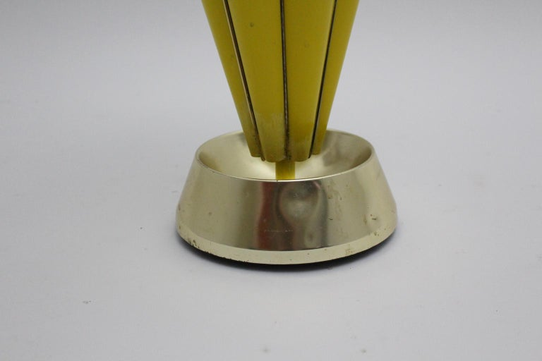 Mid Century Modern Vintage Yellow Umbrella Stand, 1950s, Italy For Sale 3