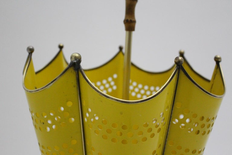 Mid Century Modern Vintage Yellow Umbrella Stand, 1950s, Italy For Sale 1